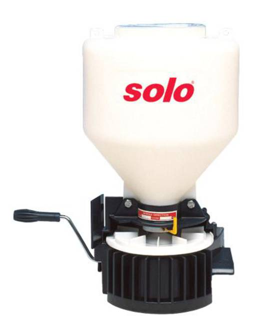 SOLO-421 SEED SPREADER